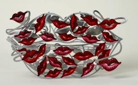 100 kisses
